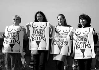 Manifestation pour le droit à l'avortement BXL 2012 -La Hay 1974 : le combat continue ? ©Archives du Pays-Bas et CAL