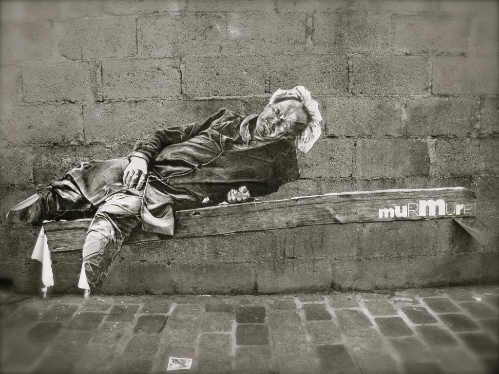 Sans-abri sur un banc © Flickrcc Marie Aschehoug-Clauteaux
