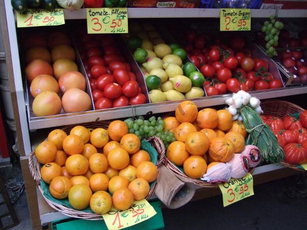 Les bénévoles de Recup'kitchen récupèrent les invendus sur les marchés bruxellois. CC Mike Copleston/Flickr.