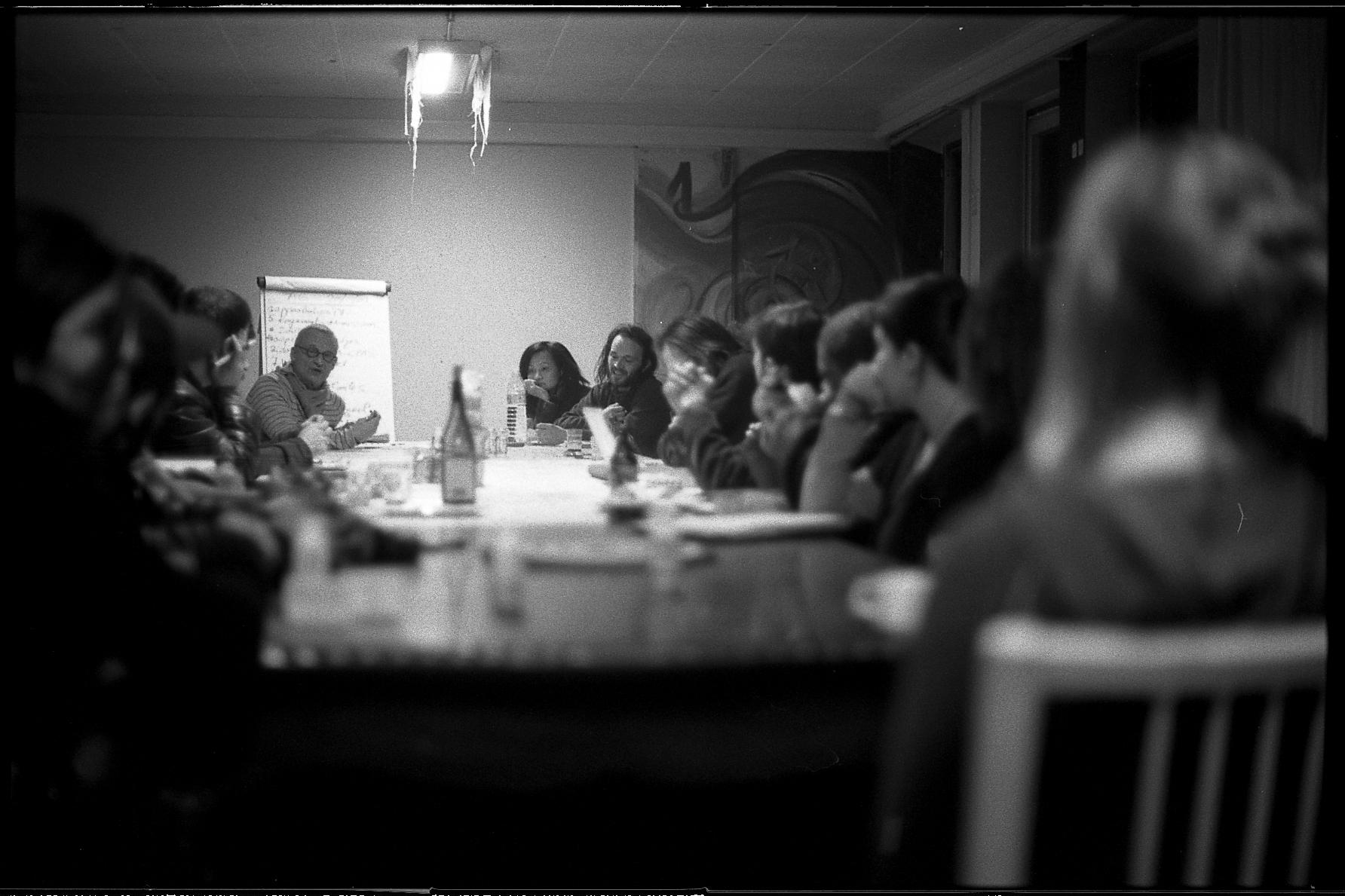 Une réunion des habitants du 123